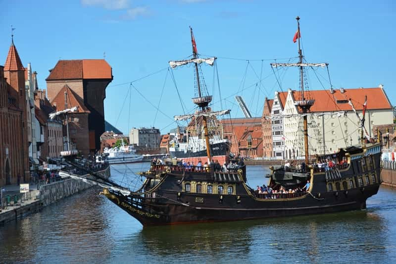 Black Pearl Ship in Gdansk. Gdansk tours, Sopot and Malbork