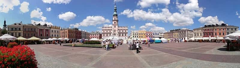 Zamosc Great Market panorama