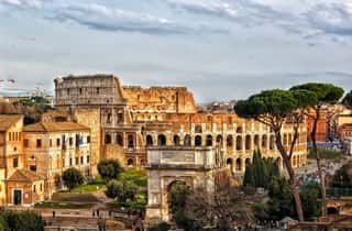 Colosseum in Rome | A ROMA Lifestyle Hotel review | Hop On Hop Off Review