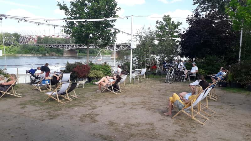 Best place to start a party and have some drinks in Warsaw early - Wisła River